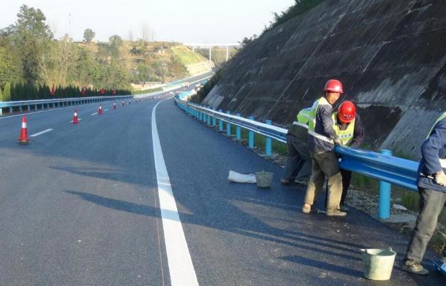 扬州使护栏板防腐效果更好的表面处理